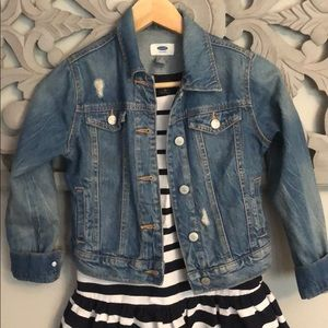 Other - Adorable jean jacket